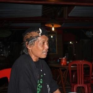 Abah Herman Elfauzan pemerhati kebudayaan di Karawang