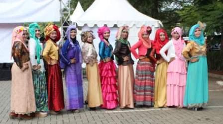 Peserta Fashion Show Contest KHF