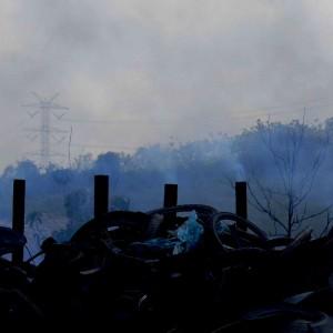 Ilustrasi asap pembakaran kabel