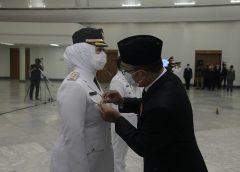 Cellica Aep Resmi Jabat Bupati dan Wakil Bupati Karawang