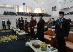 Forkopimda dan Anggota DPRD Karawang Saksikan Pelantikan Lewat Virtual
